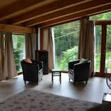 Deluxe Double or Twin Room, 1 Double Bed, Kitchenette - Guest Room