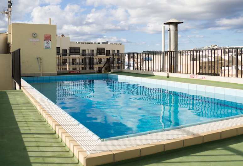 Huli Hotel and Apartments, St. Paul's Bay, Rooftop Pool