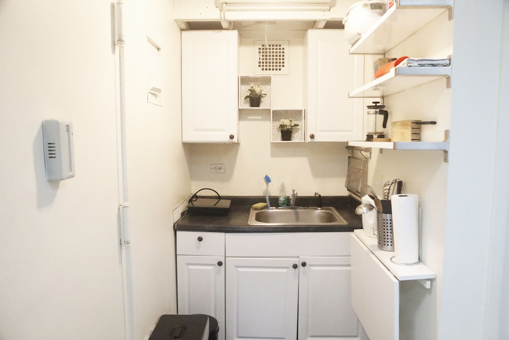 book bryant park studio apartment next to times square in new york