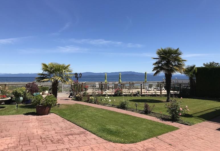 Buena Vista by the Sea, Qualicum Beach