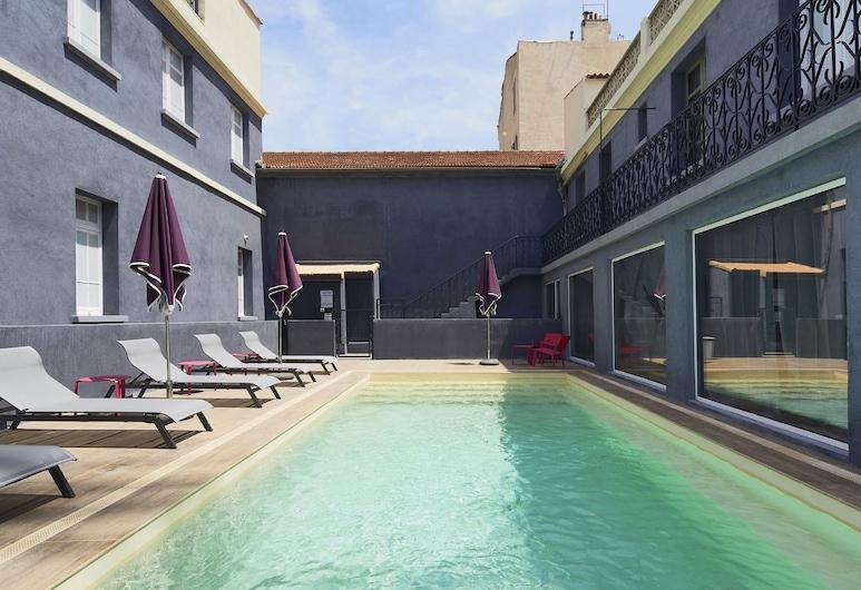Kyriad Marseille Blancarde - Timone, Marseille, Kolam Terbuka