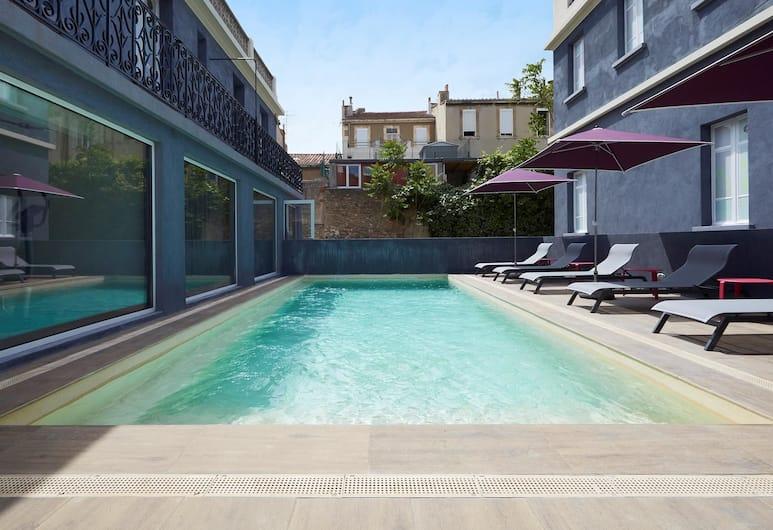 Kyriad Marseille Blancarde - Timone, Marseille, Pool