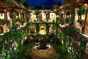 Фото Hotel Genessis у місті Антігуа-Гватемала