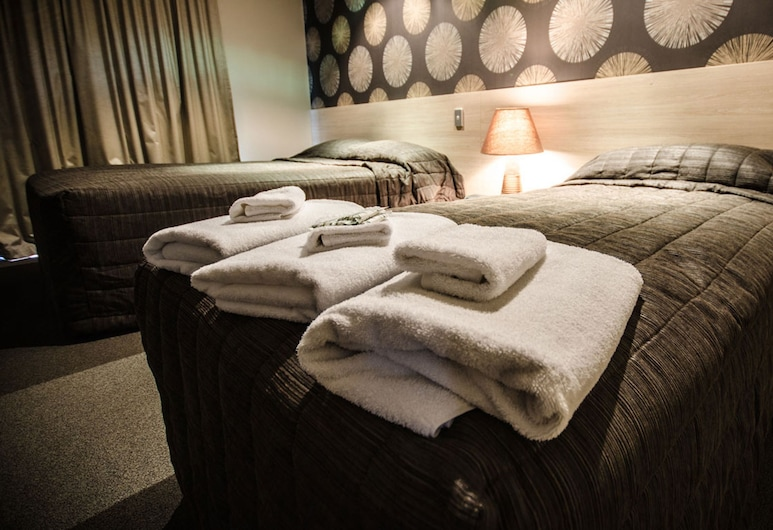The Racecourse Hotel & Motorlodge, Christchurch, Standard Room, Guest Room