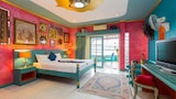 Choose this Apart-hotel in Patong - Online Room Reservations