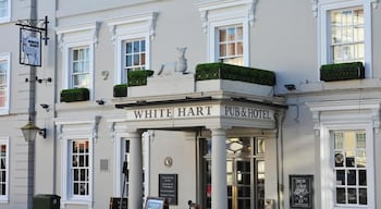 Picture of The White Hart Hotel in Buckingham