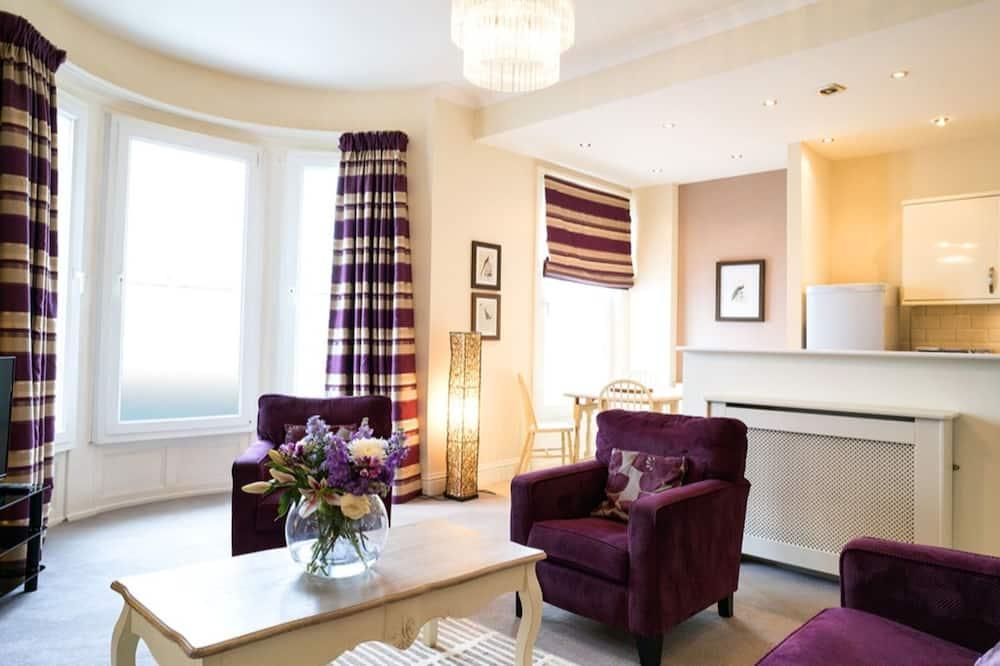 Luxury Apartment, 2 Bedrooms, Ensuite, Sea View - Imej Utama