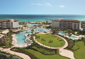 Picture of Dreams Playa Mujeres Golf & Spa Resort - All Inclusive in Playa Mujeres