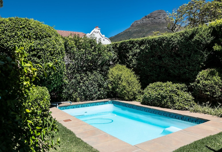 5 Camp Street Guesthouse & Self-catering, Cape Town, Family Apartment, 2 Bedrooms, Pool Access, Pool View, View from room