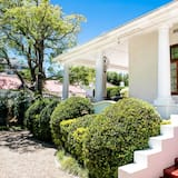 Exclusive-lejlighed - 2 soveværelser - terrasse - udsigt til have - Altan