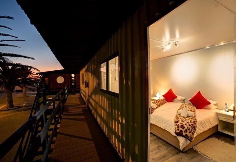 Adventure Village, Swakopmund, Camera Standard, Vista dalla camera