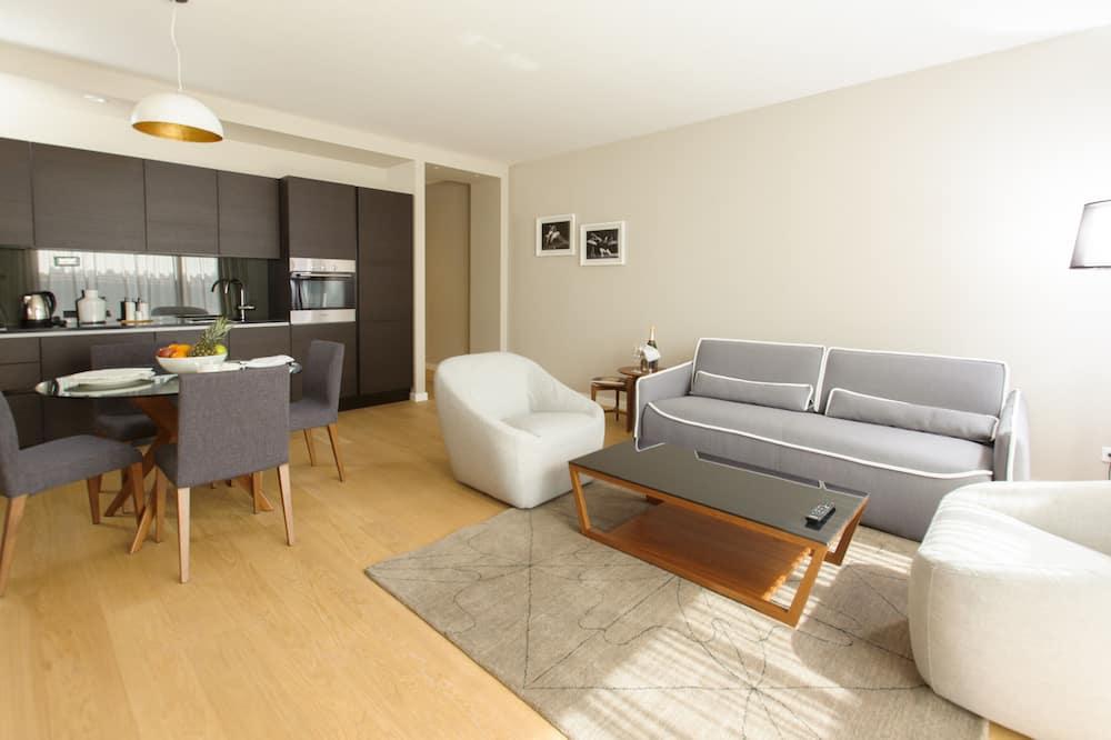 Luxury Two Bedroom Suite - พื้นที่นั่งเล่น