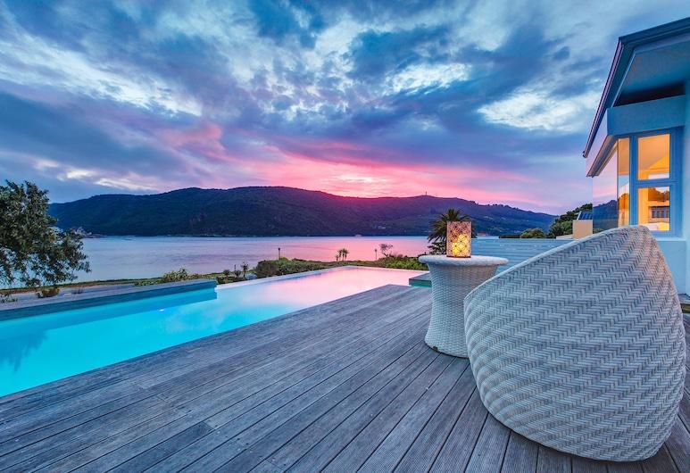Amanzi Island Lodge, Knysna, Infinity Pool