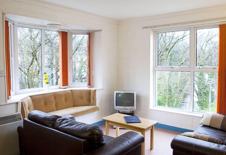 Castlewhite Apartments, Cork, Living Room