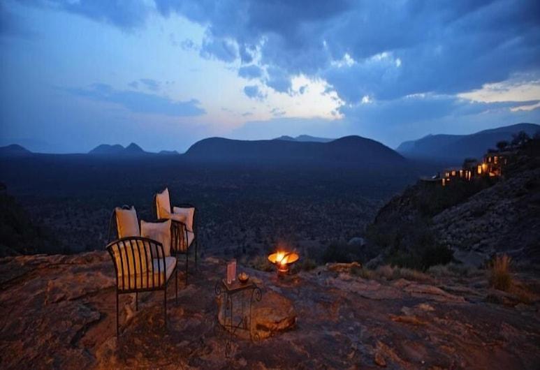 Saruni Samburu, Namunyak Wildlife Conservancy