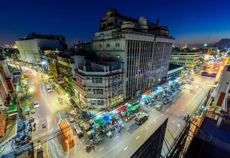 Warm White Hostel, Bangkok, Royal suite, 1 slaapkamer, privébadkamer, Uitzicht op de stad, Straatweergave