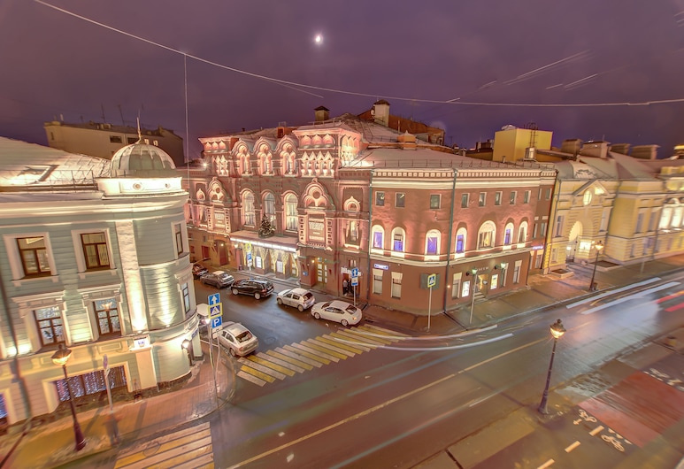 Hotel Status, Moskwa