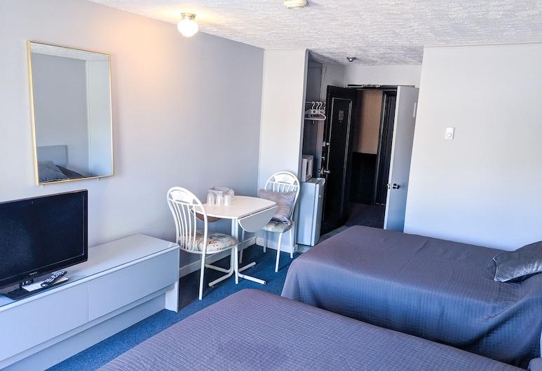 天際線校園汽車旅館, 腓特烈頓, 標準客房, 2 張標準雙人床, 客房