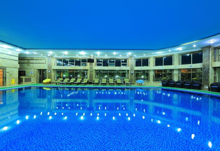 Jannat Resort, Koy-Tash, Sisebassein
