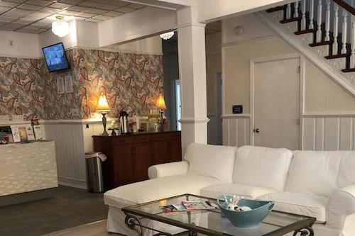巴薩旅館/