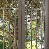 Апартаменты, 1 спальня, вид на сад (1st Floor) - Вид из номера