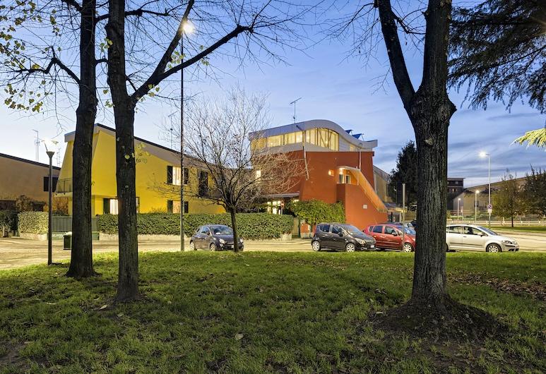 San Siro Apartment, Milano, Facciata della struttura