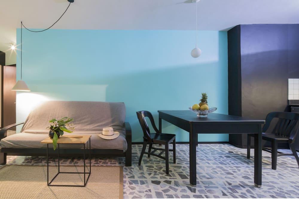 高級套房, 1 間臥室, 小廚, 庭園景 - 客廳
