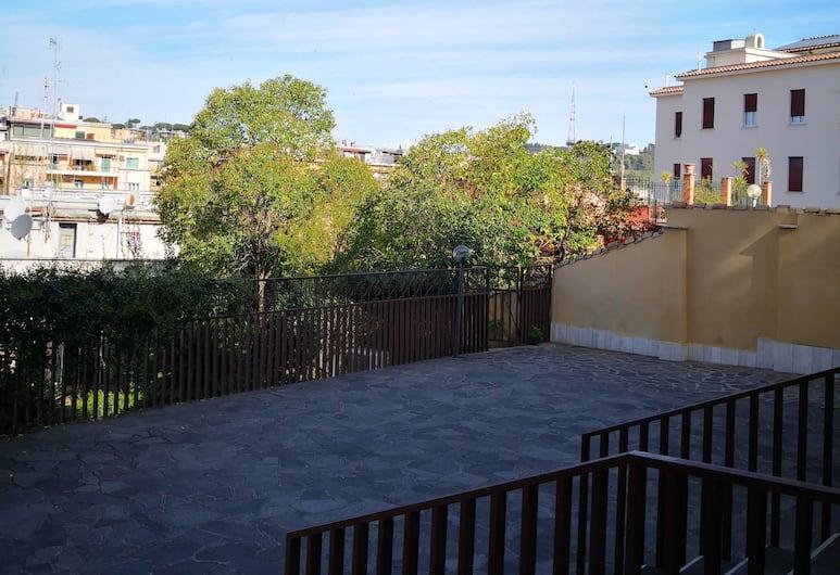 多穆斯傑斯特瑪尼酒店, Rome, 庭園