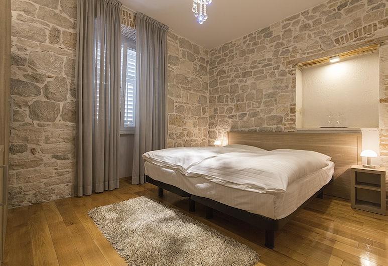 Tifani Luxury Rooms 2, Split, Doppel- oder Zweibettzimmer, Zimmer