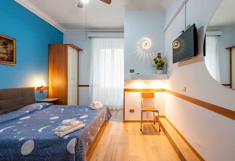 Alessandro a San Pietro Best Bed, Rome, Comfort Double Room, Guest Room