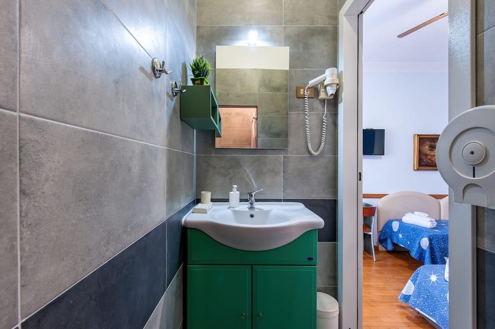 Basic-værelse til 3 personer - 1 soveværelse - Badeværelse