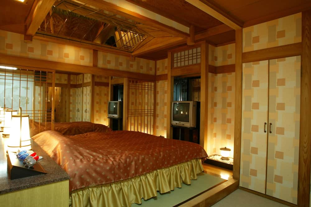 Standard Double Room, Smoking (Love Hotel, After 5pm Check-in & one night only) - Guest Room