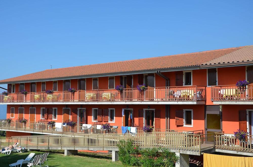 Hotel Belvedere San Zeno Di Montagna