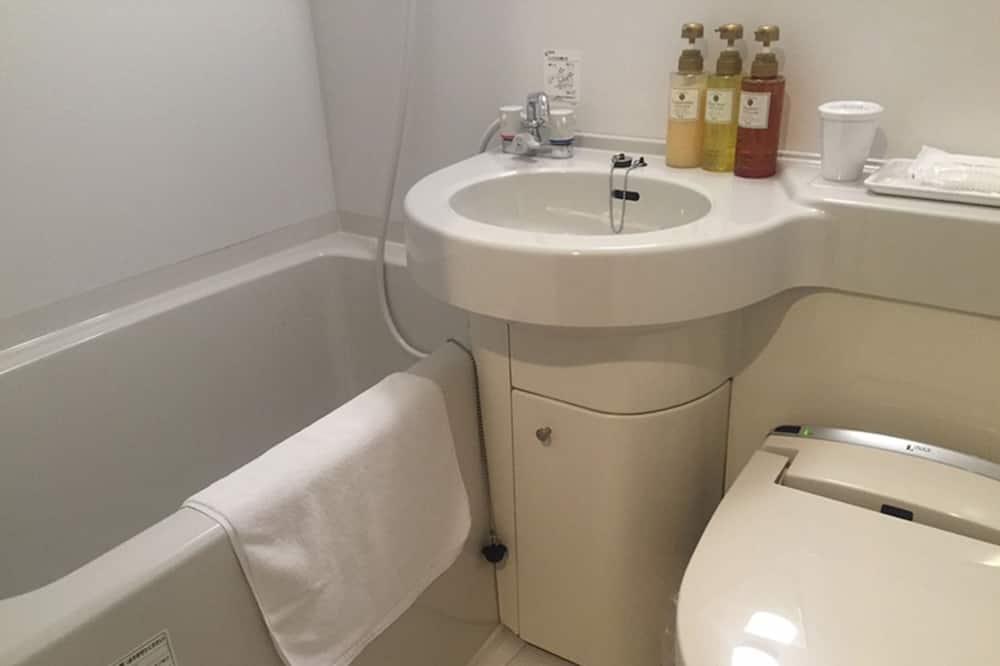 Standard İki Ayrı Yataklı Oda, Nehir Manzaralı - Banyo
