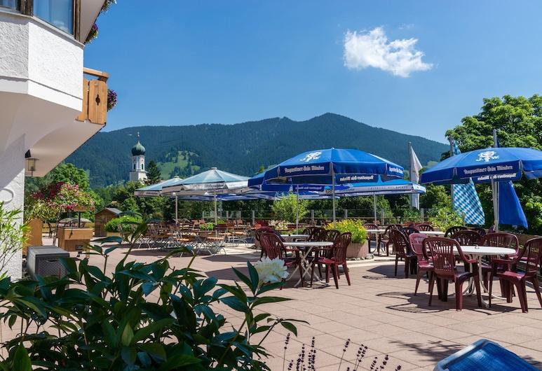 Parkhotel Sonnenhof, Oberammergau, Terrasse/Patio