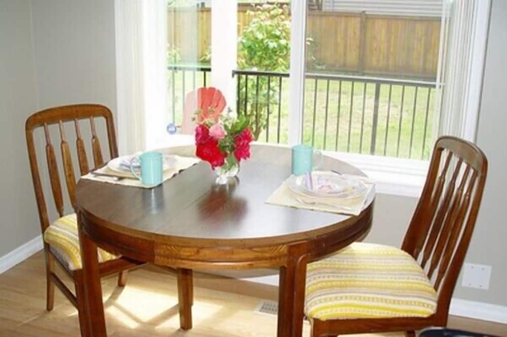 Люкс, 1 спальня (The Country Plaid Suite) - Обед в номере