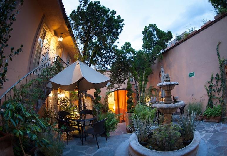 Hotel FK, San Miguel De Allende, Αίθριο/βεράντα