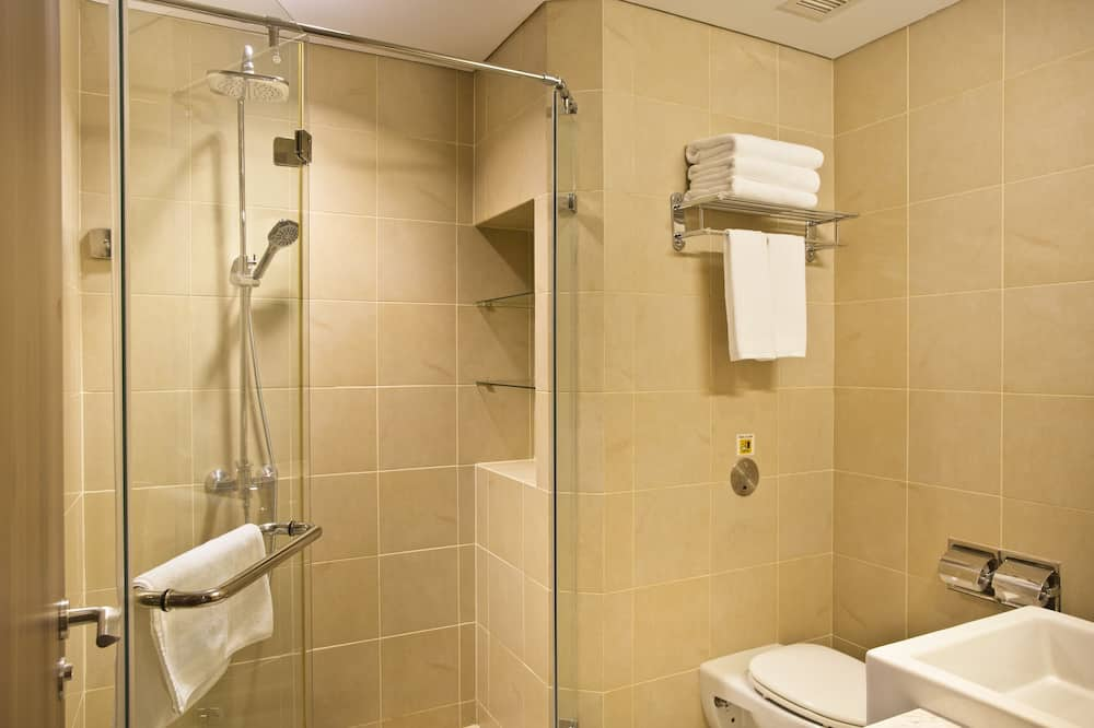 Single Room - Arrival time between 7pm to 7am (6 Hours usage) - Bathroom
