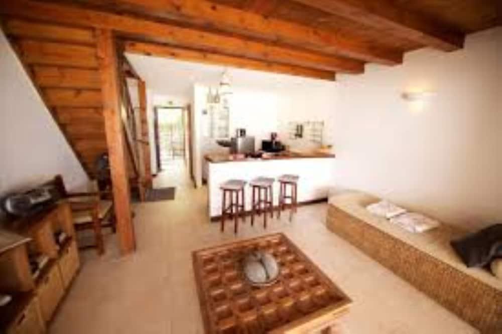 Dubleks, 2 Yatak Odası, Plaj Manzaralı - Oturma Alanı