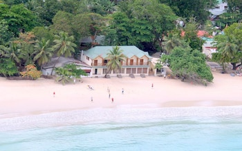 Apartments In Beau Vallon