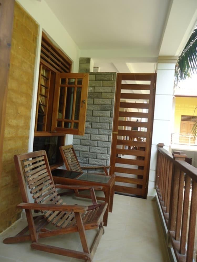 Sky Garden Mini Hotel, Mirissa, Lobby Lounge