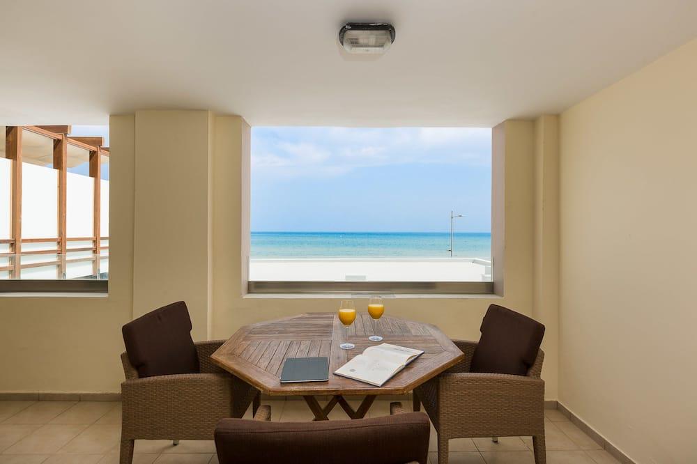 סוויטה משפחתית, נוף לים - נוף מחדר האורחים