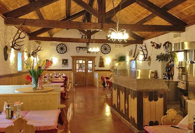 Hotel Stalon, San Martino di Castrozza, Hotel Bar