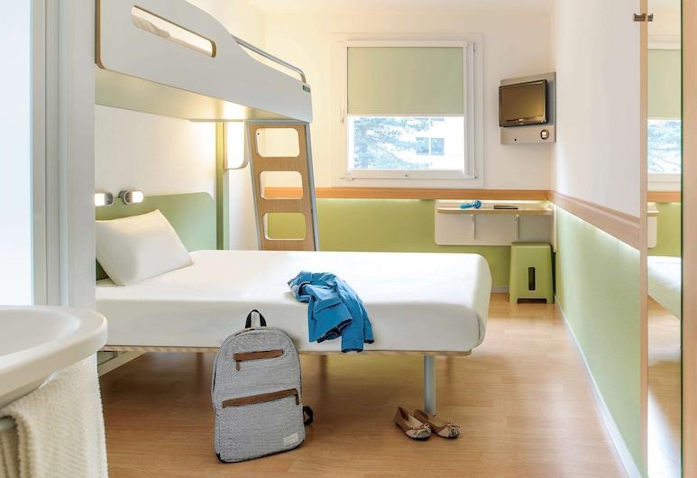 ibis budget Luzern City, Luzern, Doppelzimmer, Mehrere Betten, Zimmer
