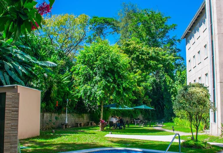 Hotel Gardenia Inn, San Salvador, Pool
