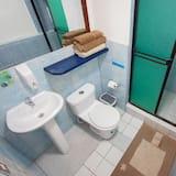 อพาร์ทเมนท์, 1 ห้องนอน, ห้องครัวขนาดเล็ก, ชั้นล่าง - ห้องน้ำ