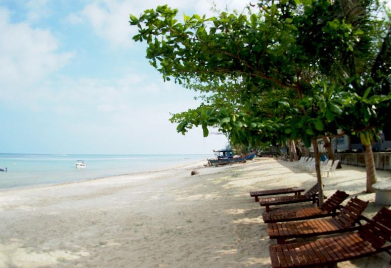 Grand Villa Beachfront by SAMUI GARDEN HOME, Koh Samui, Property Grounds