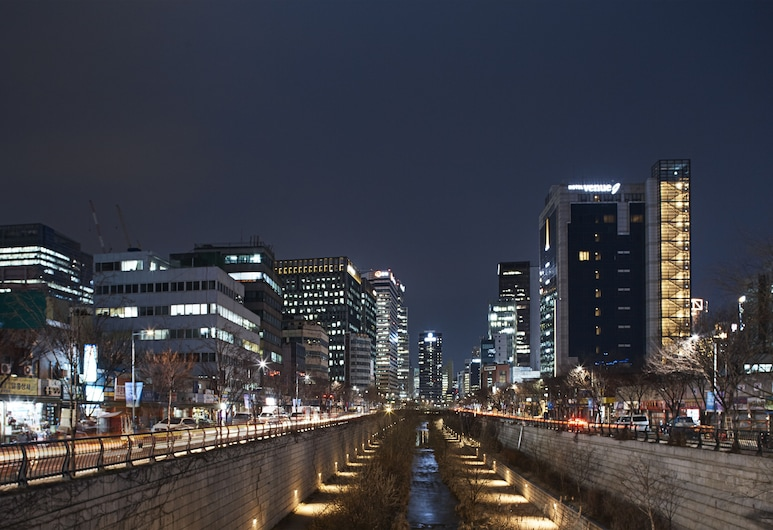 ホテル ベニュー G, ソウル, ホテルのフロント