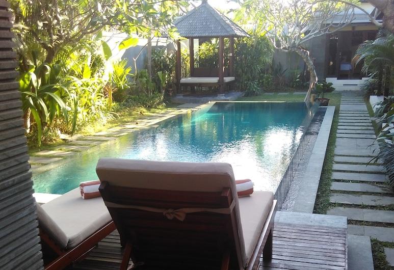 Villa Dewi, Seminyak, Indoor Pool
