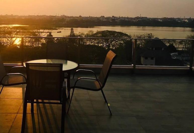 185 Residence, Khon Kaen, Terrasse/veranda